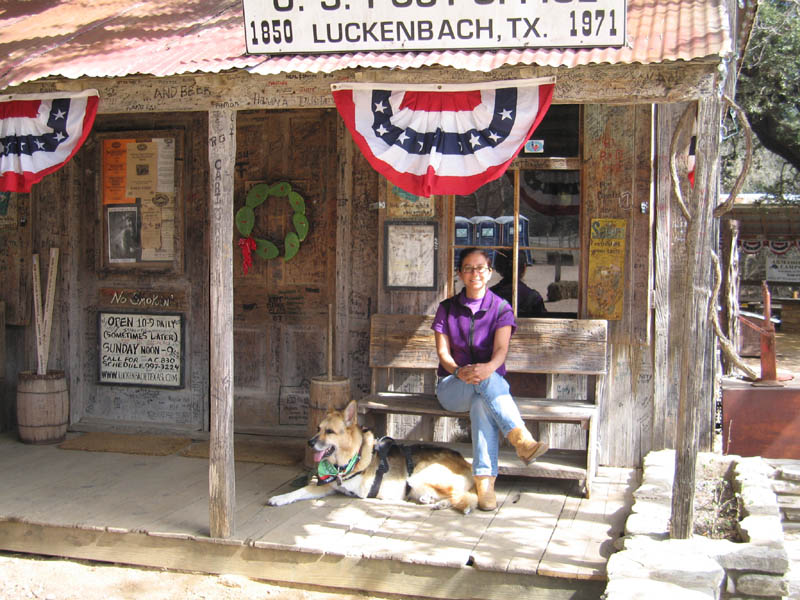 Agredano and Tripawd Jerry Luckenbach Texas