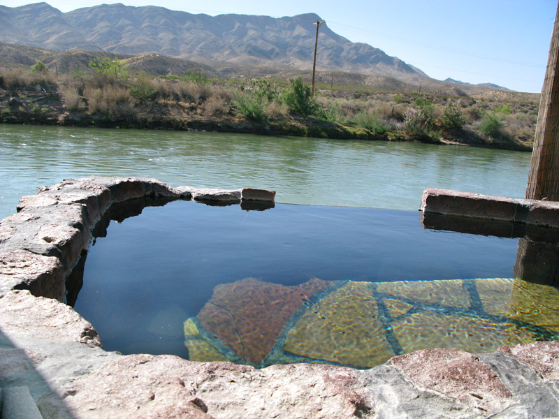 Riverbend Hot Springs on Rio Grande