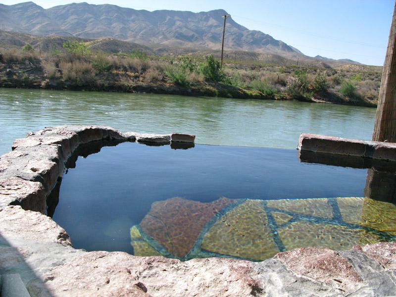 Riverbend Hot Springs on Rio Grande