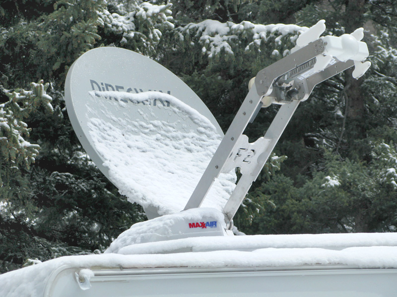 Motosat F2 Satellite Internet Dish in Snow