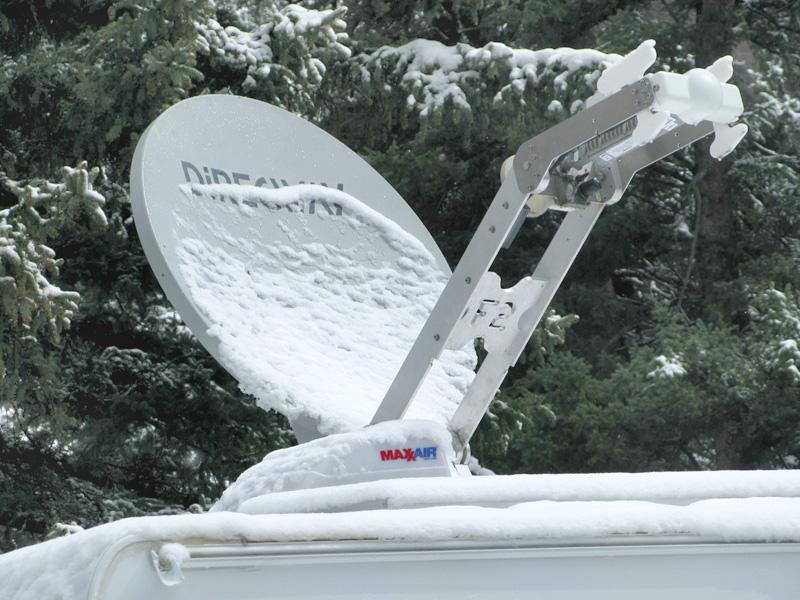 Motosat F2 Satellite Internet Dish in Snow