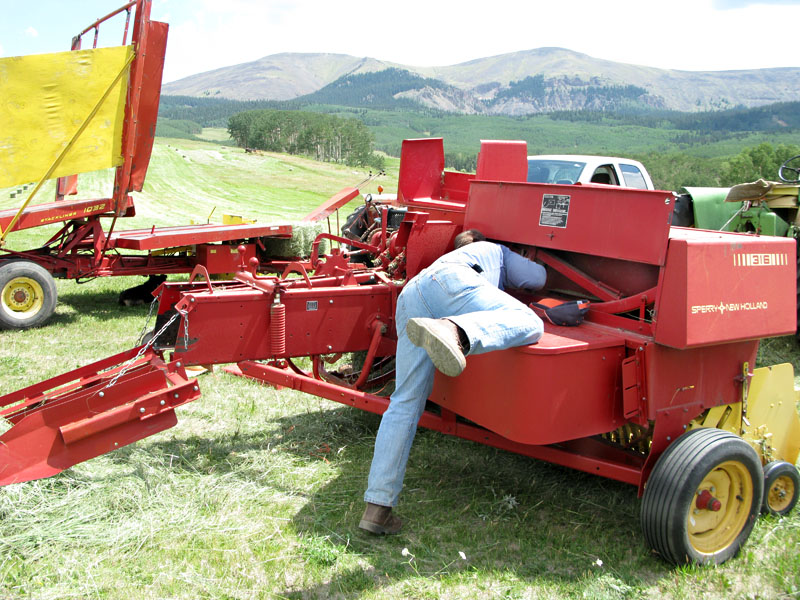 Paul Vickers Investigates New Holland Hay Baler Trouble