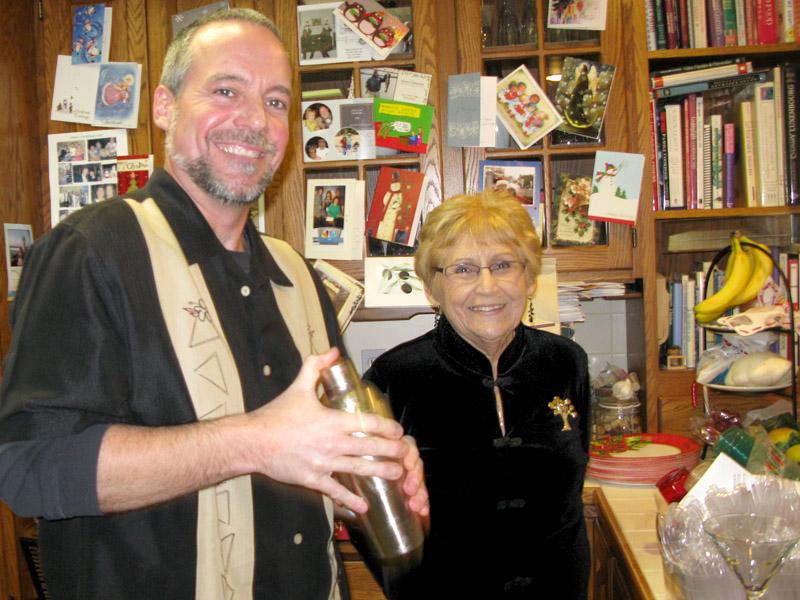 Jim mixes Christmas Martinis for olga and la familia