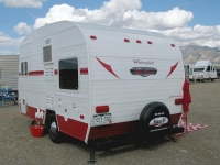 Sisters on the Fly Classic RV Remodel