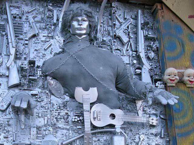 Slab City East Jesus Art Scene