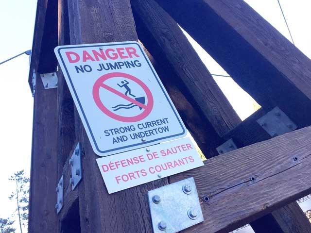 Miles Canyon Hiking Bridge