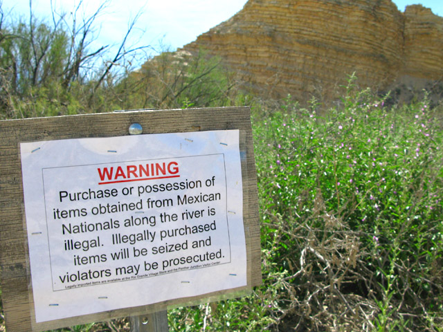 Illegal to buy from Mexicans at border in Big Bend
