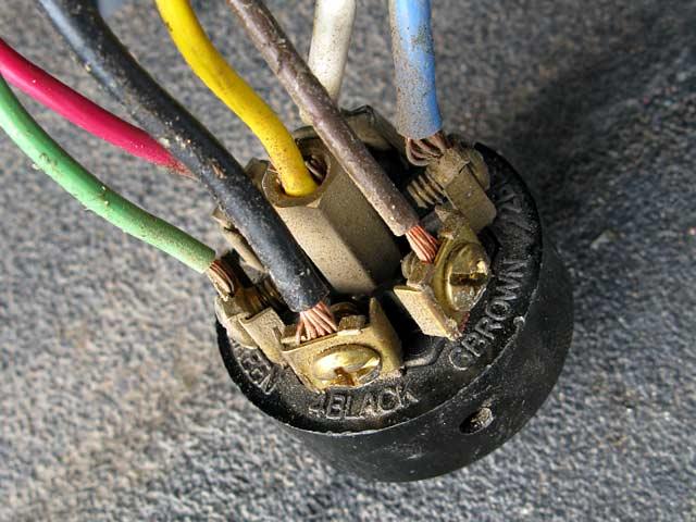 fix rv trailer cord socket