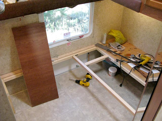 DIY Bunkhouse Fifth Wheel Workshop Remodel