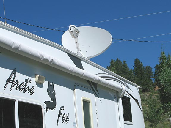 RV Datasat 840 Satellite Internet Dish