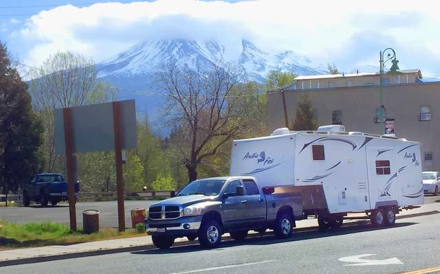 Hwy 97 Mount Shasta, California