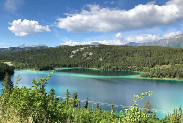 Emerald Lake, Yukon Highway 2