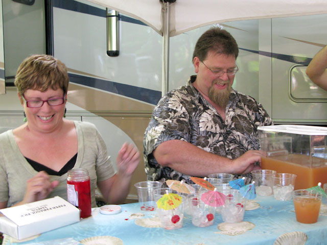 Sam and Tracy make Boat Drinks for Nu Bartender Wars