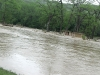 20100416w_flood-river02