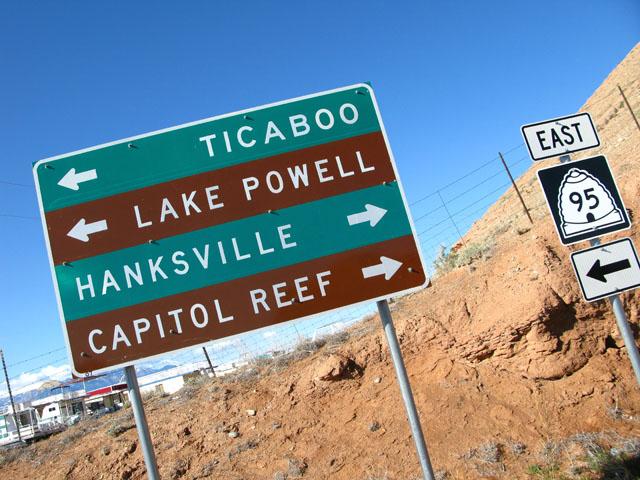 Capitol Reef, UT Highway Signs