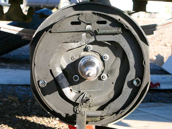 Titan hydraulic over electric trailer disc brake conversion review titan trailer disc brakes installation asfbconference2016