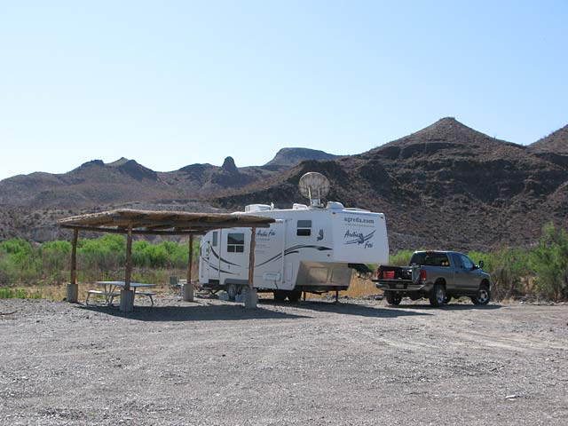 Boondocking along the Rio Grande