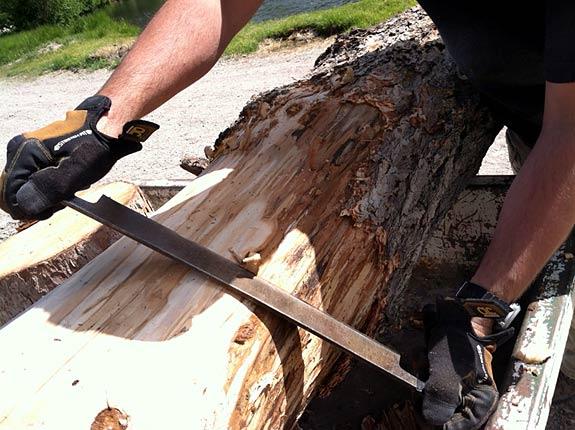 how to use log peeler to remove bark