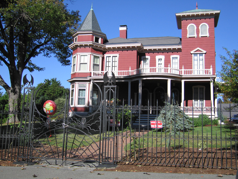 Stephen King's House in Bangor Maine on his Birthday