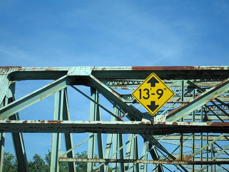 New Hampshire River Bridge