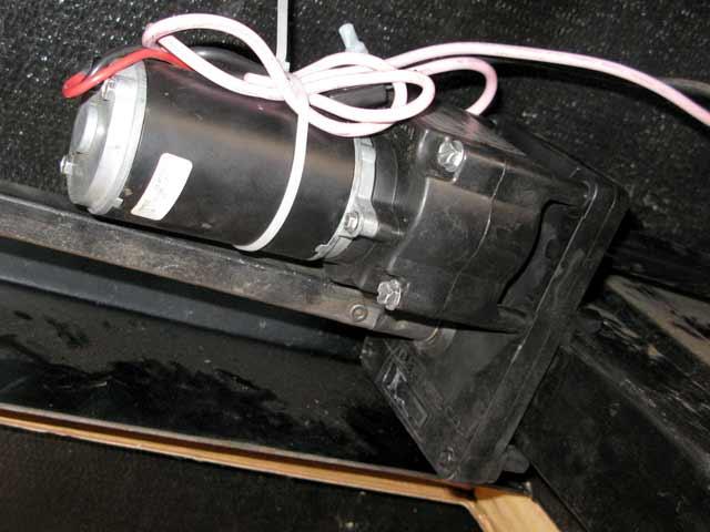 how to repair fifth wheel landing gear dc motor gearbox. Black Bedroom Furniture Sets. Home Design Ideas