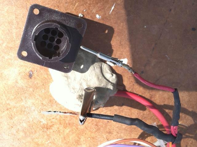 Rewiring MotoSat D3 Control Cable Pins