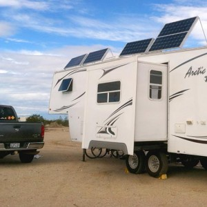 RV-Solar-Power-Arctic-Fox-Fifth-Wheel