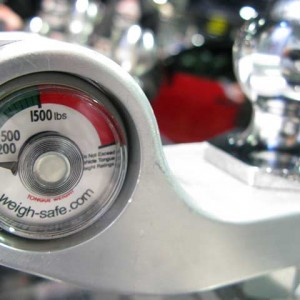 WeighSafe-Built-in-Toungue-Weight-Scale-Hitch